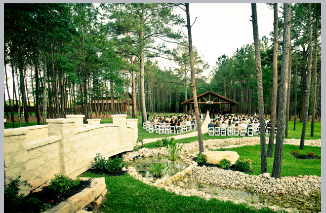 Outdoor Wedding Venue by Pedigo Photography