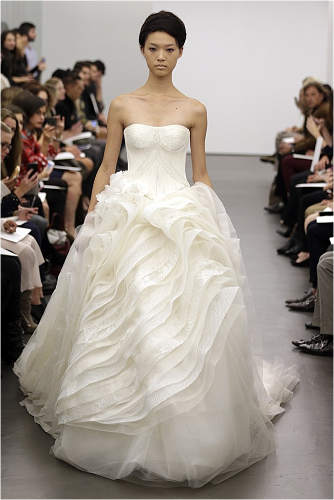 Hot Off the Runway- Our Favorite Fall 2013 Wedding Dresses ...