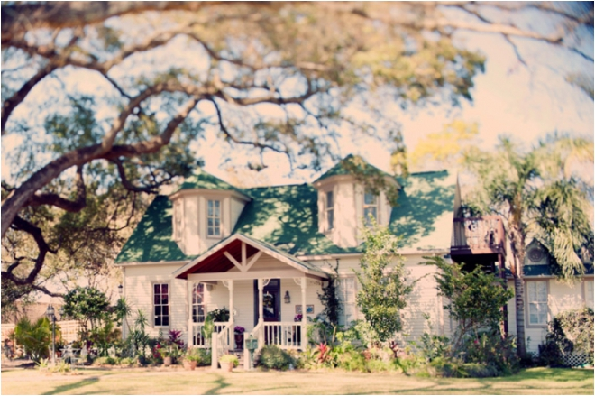 Dreamy Vintage Texas Garden Wedding