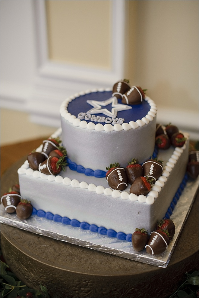 dallas cowboys groom cake houston wedding blog. Black Bedroom Furniture Sets. Home Design Ideas