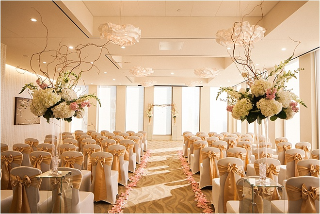 Chic Ivory Gold Blush Wedding At The Houston Club By Civic Photos