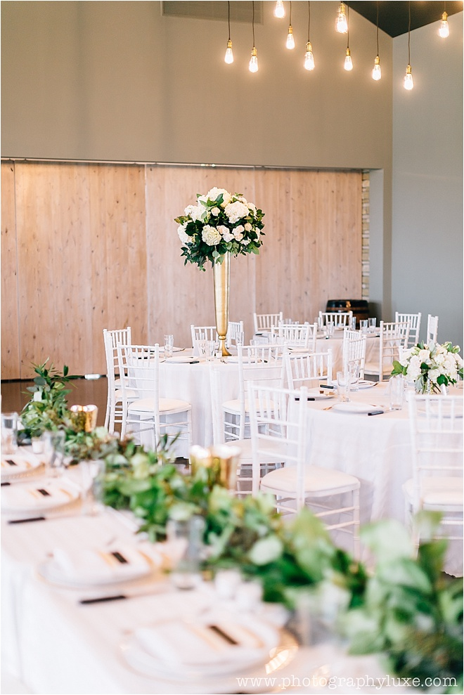White-and-Green-Reception-Decor