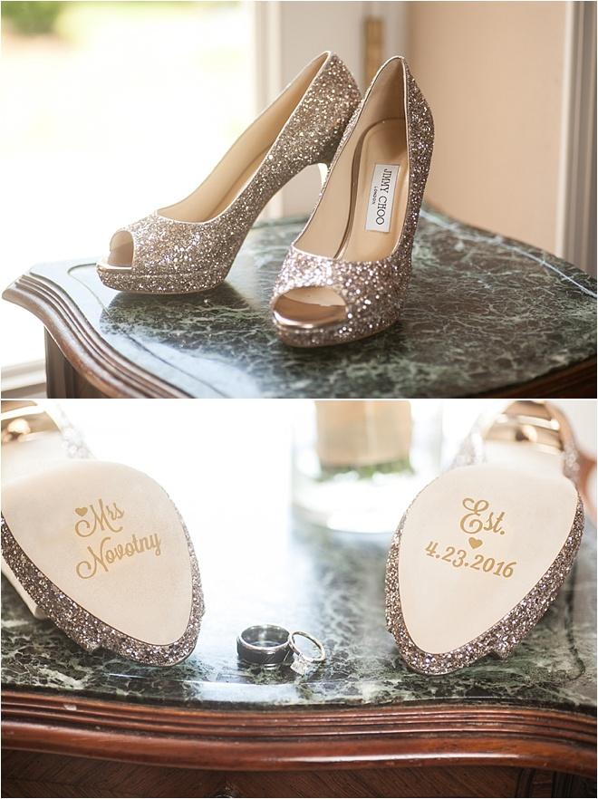 Navy, Gold & Ivory Wedding at Chateau Cocomar - Houston Wedding Blog