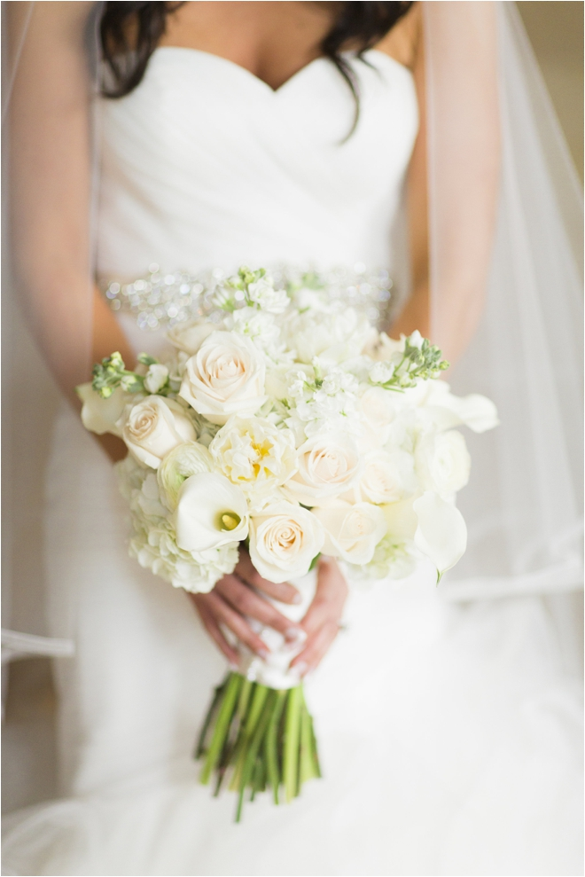 Ivory-and-Green-Bridal-Bouquet