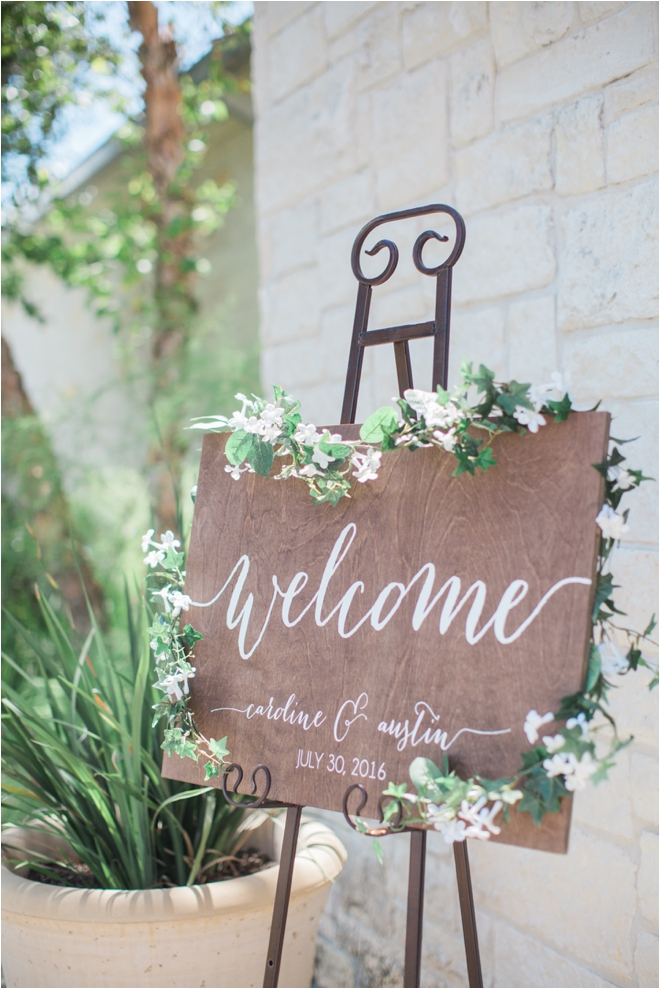 Rustic-Welcome-Sign