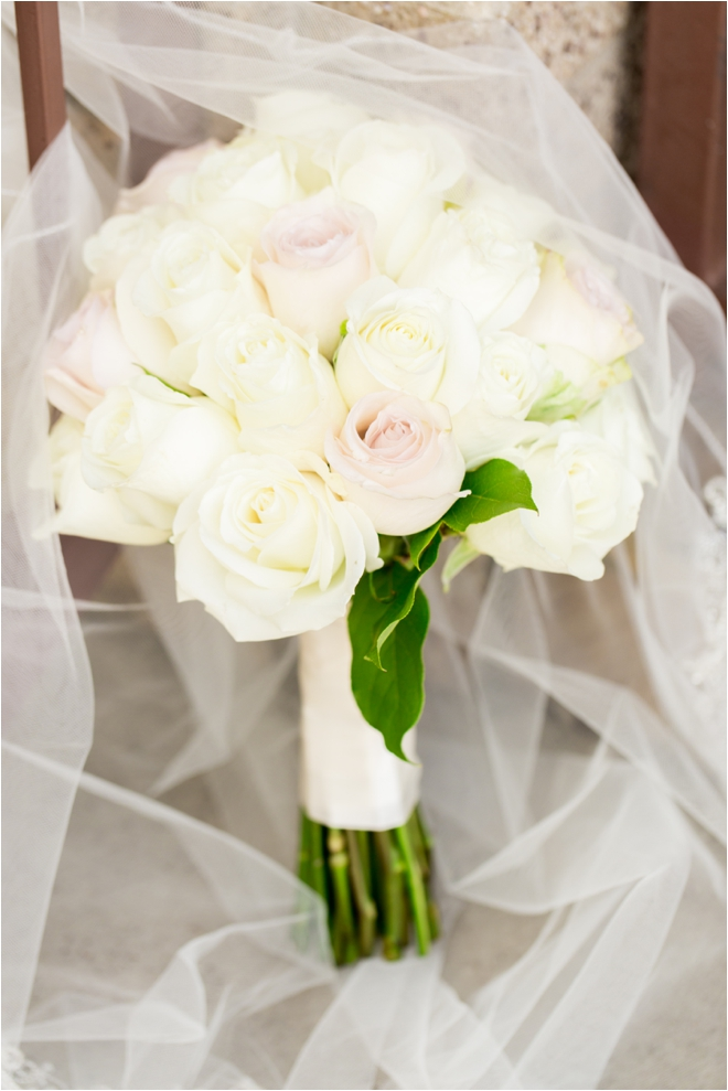 Ivory-and-Blush-Bridal-Bouquet