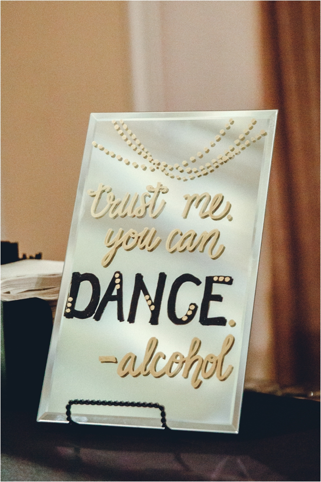 Fun-Wedding-Signs