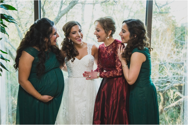 Bride-with-Mom-and-Sisters