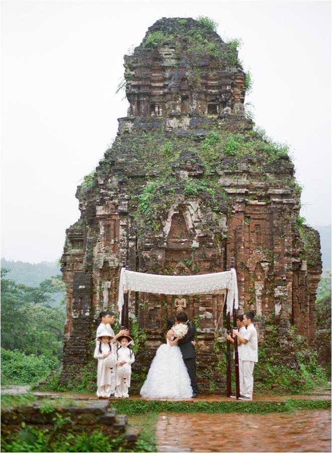 LisaVorce_Vietnam_Aaron Delesie-3x5-HI-RES