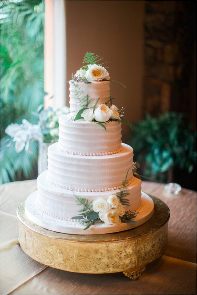 White-Rustic-Wedding-Cake