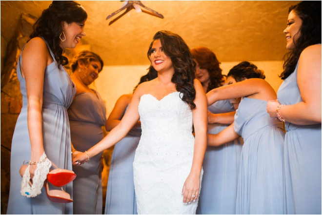 Bridesmaids-Helping-Bride-Get-Ready