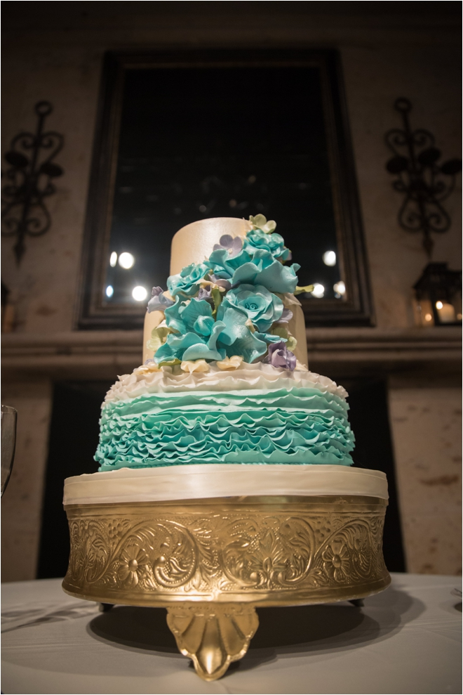 Teal-and-White-Wedding-Cake