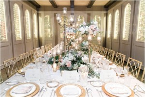 7 Ways Neutrals Can Anchor Your Wedding Tablescape