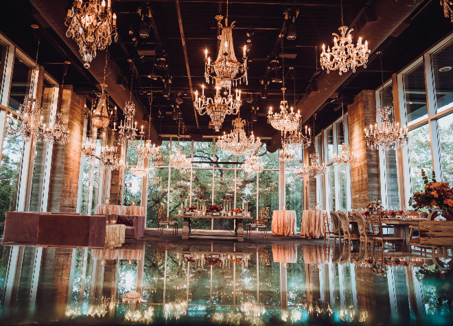 Downtown Houston Elegant Wedding Venue Chandeliers Windows Mirrors Gold Dunlavy