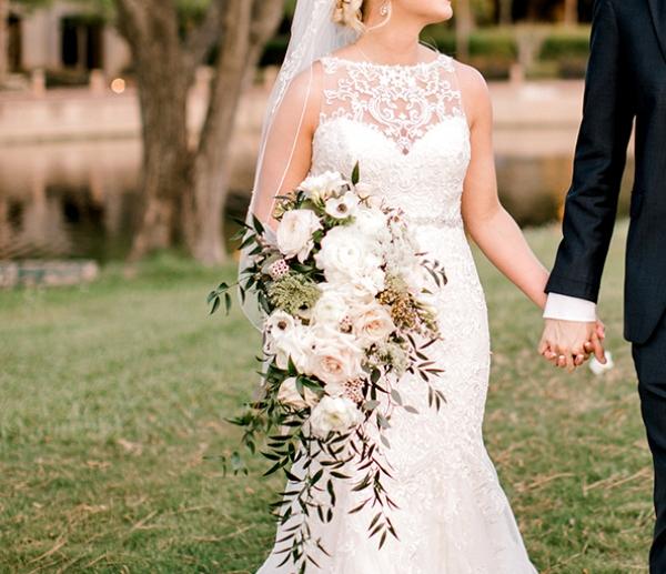 cascade bouquet bride roses white blush eucalyptus houston florist let it fly