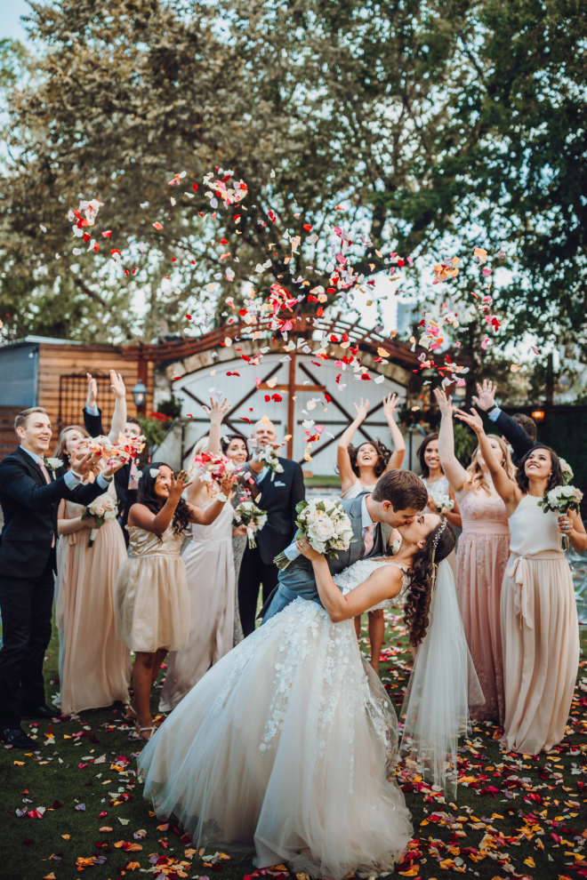 Hughes Manor Houston Texas Downtown Heights Washington Wedding Venue Outdoor Ceremony Vintage Rustic Garden Affordable