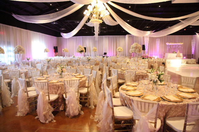 Villagio Houston Affordable Budget Wedding Venue Full Service Ballroom Elegant