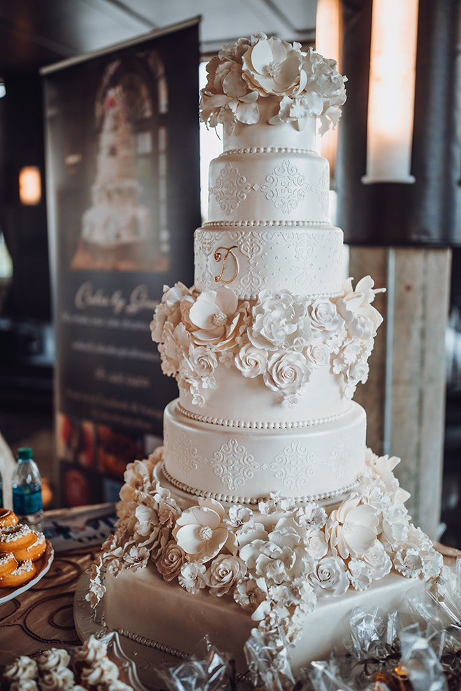 Outstanding Unique Wedding Cakes From Cakes By Gina Houston Wedding Blog Birthday Cards Printable Nowaargucafe Filternl