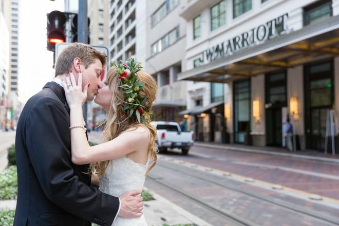 JW Marriott Houston Downtown Exterior Wedding Kiss