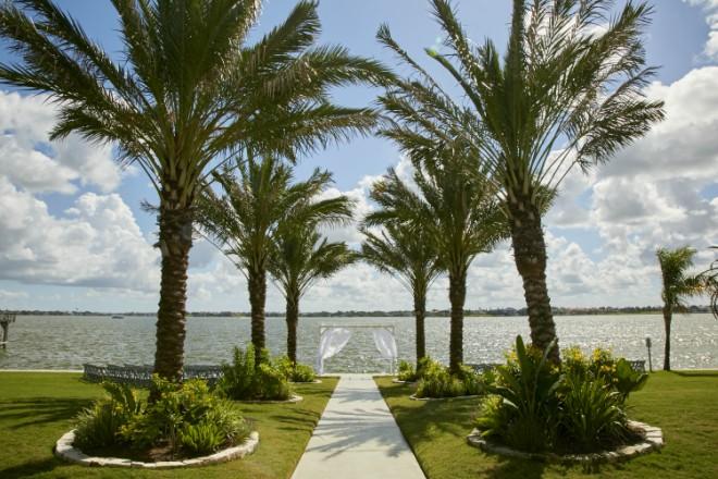 Waters Edge Venue Texas Lakefront Summer Wedding Ceremony