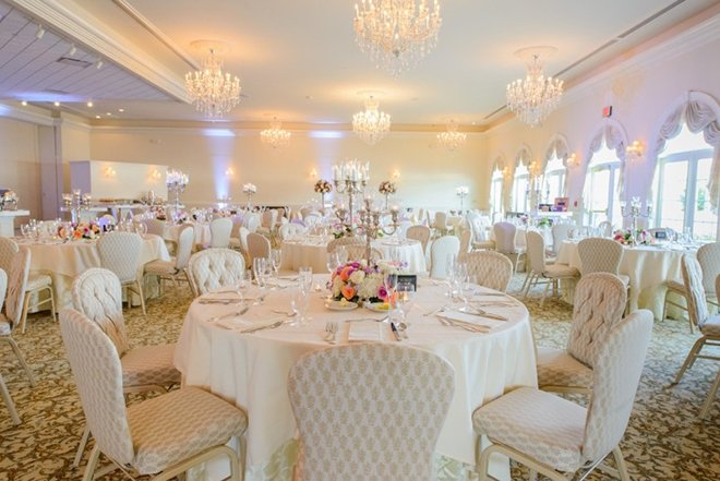 Ashton Gardensm Ballroom, Wedding Reception, Decor, All White, Houston Venues, Ceremony & Reception