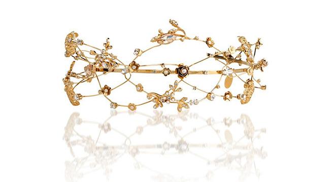 bridal headpieces, headpiece, gold crown, floral design, tiara