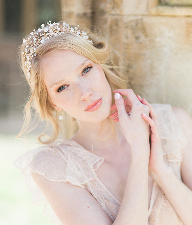 bridal headpieces, tiara, pearls, gold, delicate, Hermione Harbutt