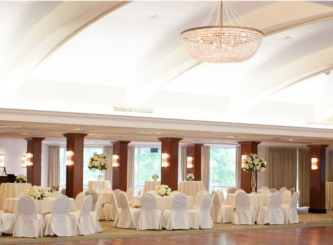 Houston tennis club wedding ballroom chandelier