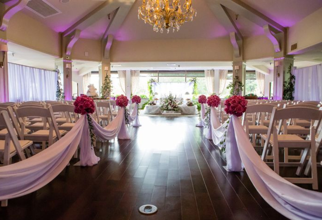 Houston country club wedding Pine Forest ceremony views