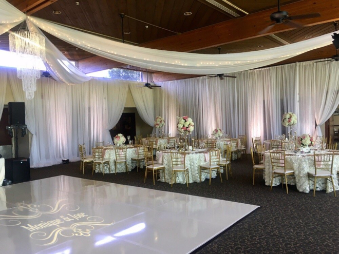 Lake Houston country club wedding ballroom