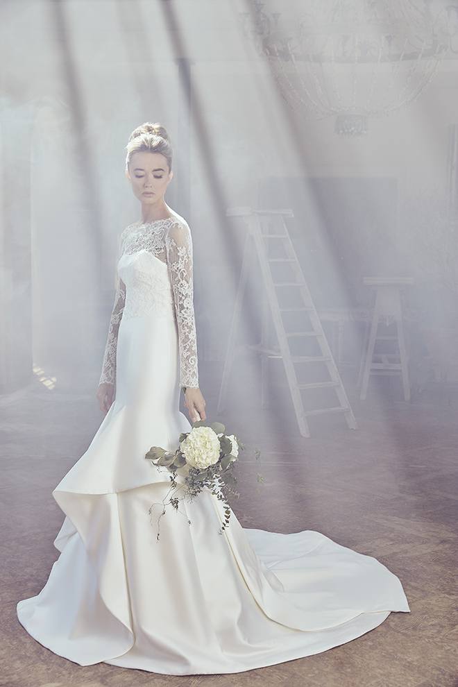 Sareh Nouri At Joan Pillow Spring 2019 Olah Long Sleeve lace white wedding gown designer dress Trumpet skirt with layers