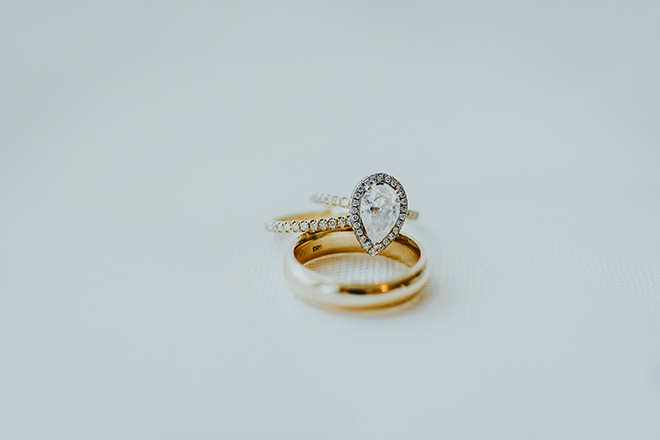 real wedding houston wedding the woodlands resort & conference center wedding bands diamond wedding ring pear-cut diamond gold wedding band
