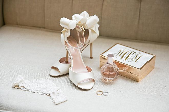 california texas wedding, bridal high heel shoes, kate spade, white heels, perfume,brida fragrance, garter, bridal clutch