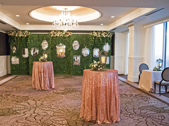 california texas wedding, wedding reception decor, wall mirror decor, petroleum club of houston, pink sparkle table linens, guest lounge