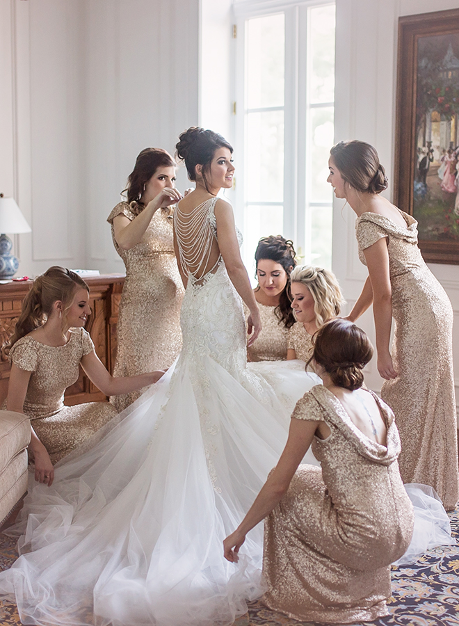 houston wedding, bridal party, bridesmaids, getting ready, gold sequin bridesmaids dresses, white mermaid wedding dress, luxe chateau cocomar wedding