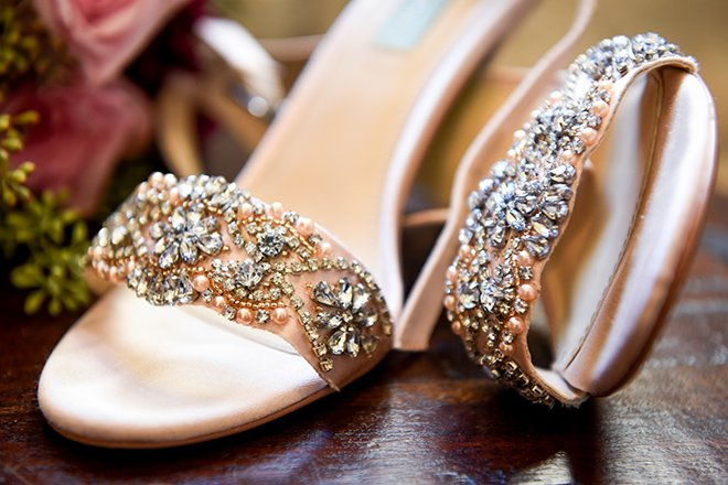 rustic autumn wedding, briscoe manor, kiss and makeup houston, bejeweled wedding sandals, blush shoes