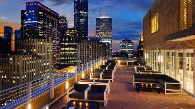 downtown houston rooftop wedding venue le meridien bar