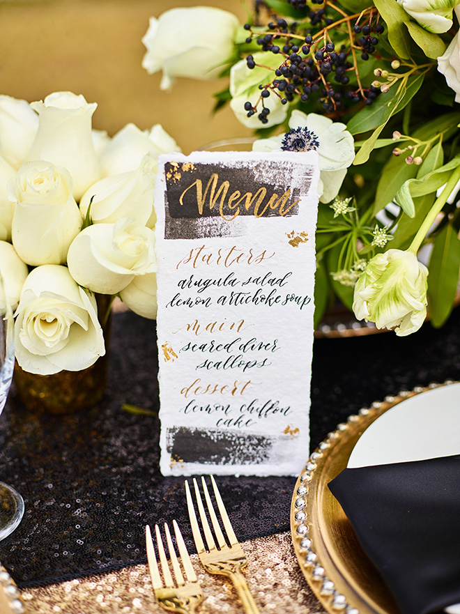 ivory and gold styled shoot, events de luxe, civic photos, sandlewood manor, plantation wedding, black accents, timeless wedding decor, calligraphy