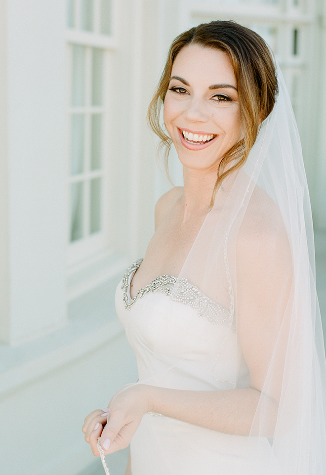 Texas bride long veil natural makeup kelli durham