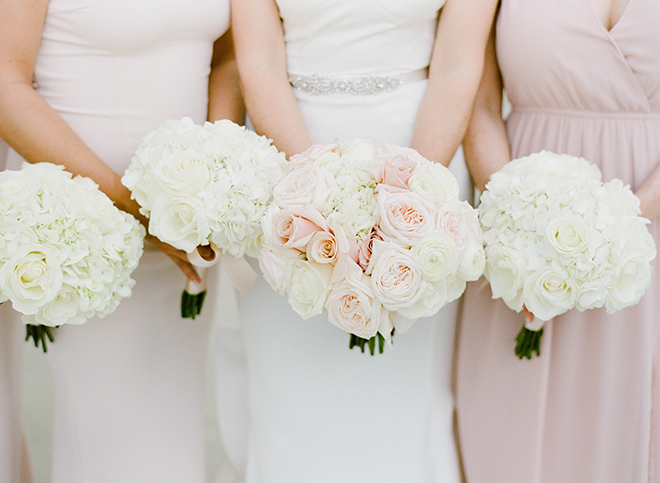 Galveston wedding bridesmaids blush light pink classic bouquets