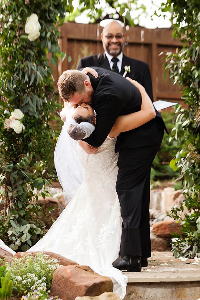 texan elegance wedding haute flowers events rainbow lodge