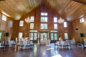 Elegant Barn Weddings At The Carriage House