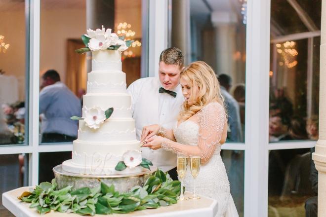 ashton gardens north houston venue gold winter wedding cakes by gina magnolia white wedding cake