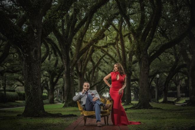 houston engagement photography wedding photographer outdoor on location oaks