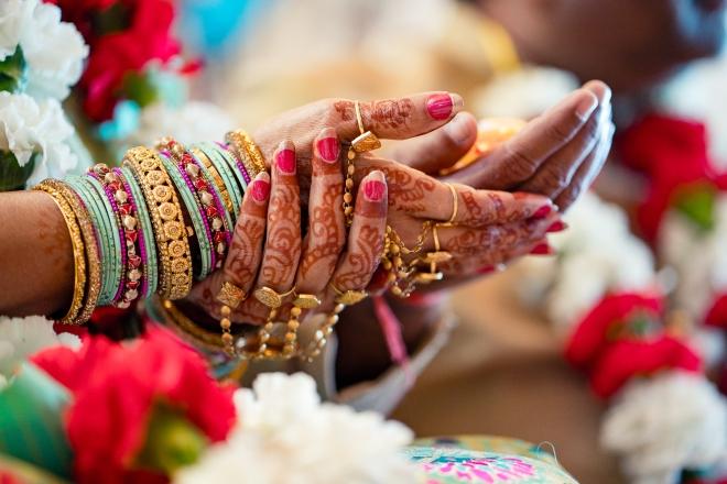 hindu-muslim wedding bride hands mehendi gold rings bangles houston zaza raofactor