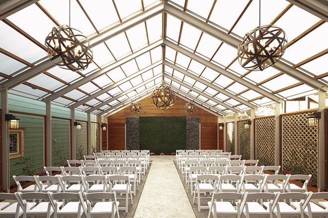 Saras Inn Garden Pavilion - Photo Larry Fagala