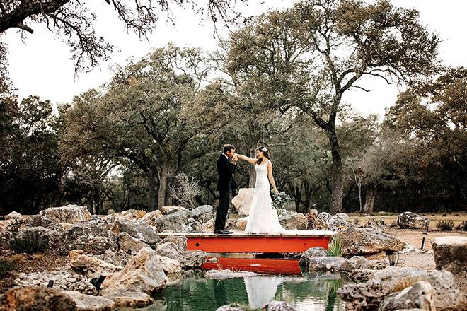 Texas Barn Weddings at Eagle Dancer Ranch - hill country wedding venue