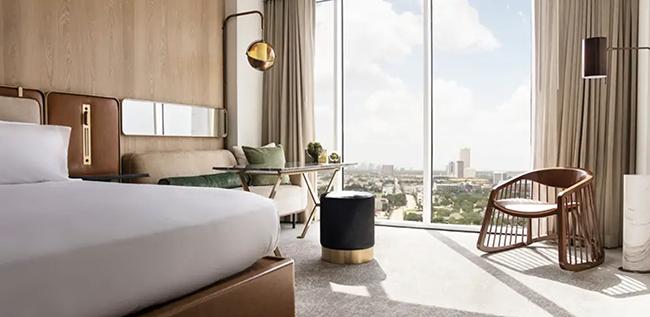 C. Baldwin Guest Room - Houston Hotel Wedding Venue - DoubleTree By Hilton Houston Downtown