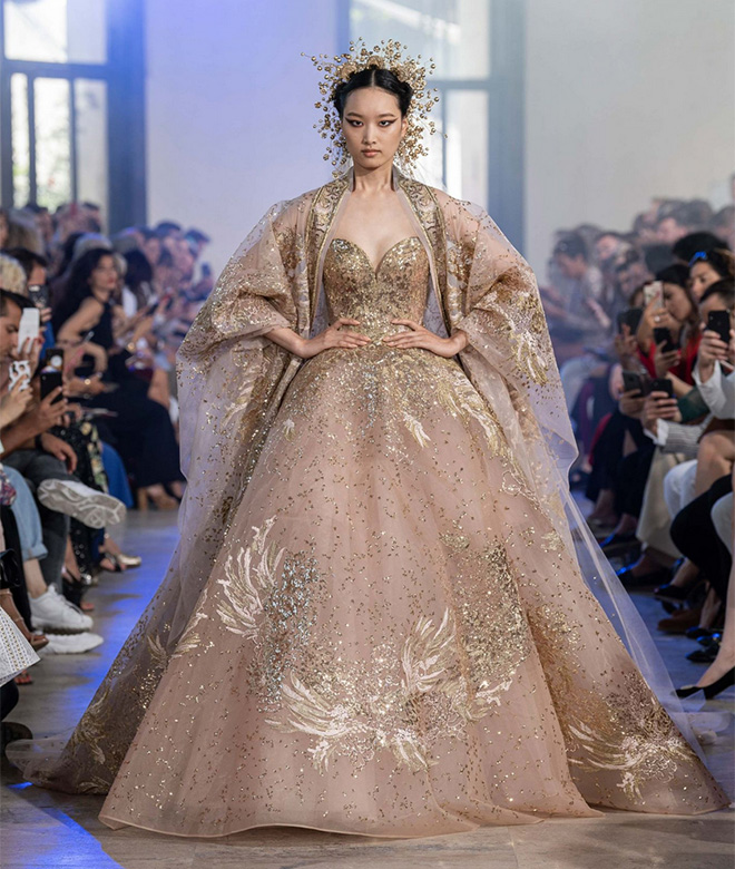 elie saab fall winter 2019-2020 haute couture designer bridal gown - gold white