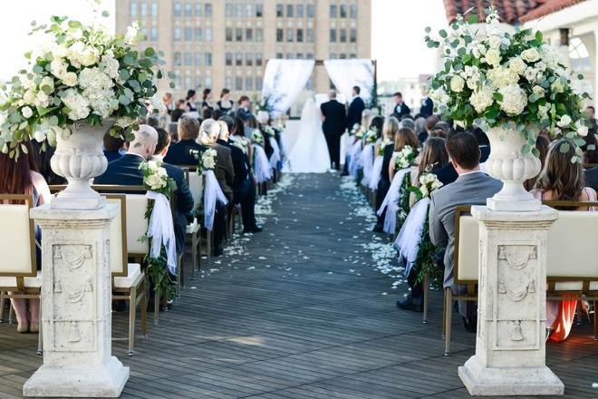 san antonio wedding venue st anthony hotel rooftop ceremony